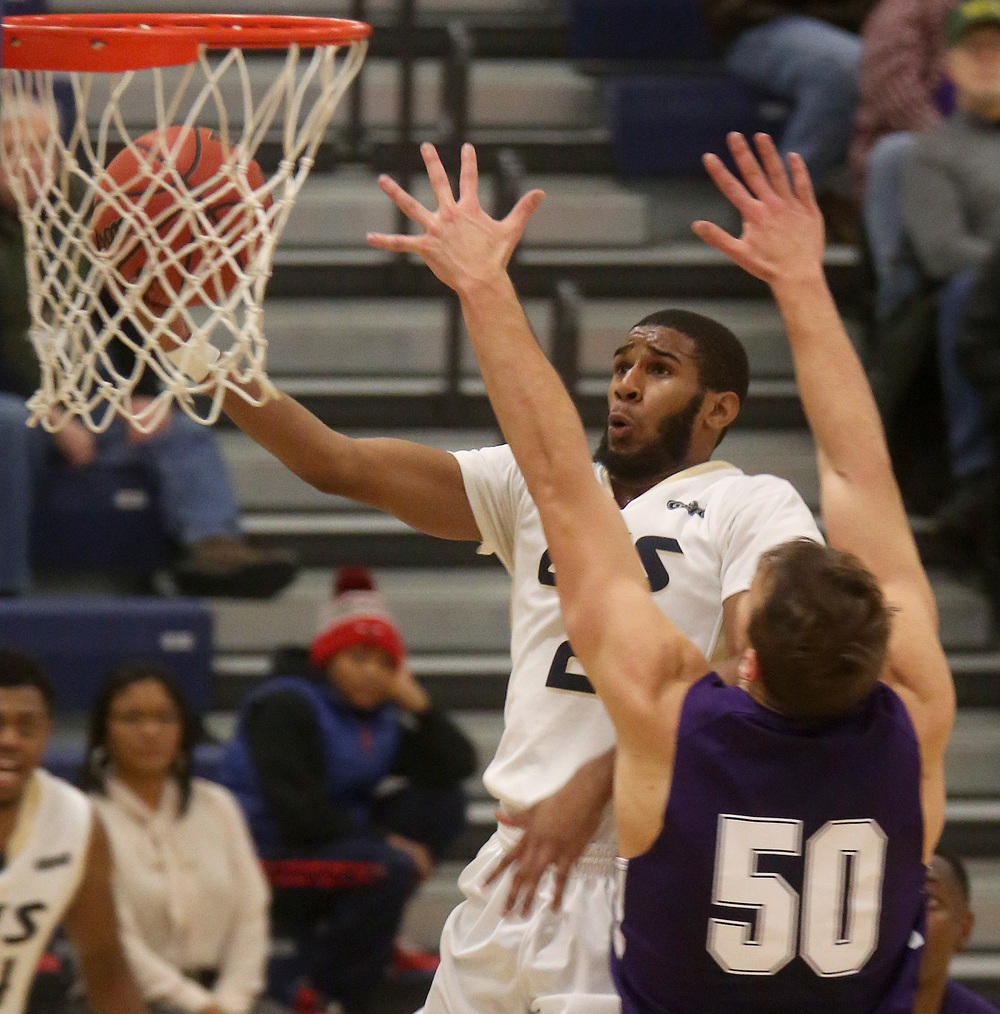 UIS player Davi Austin prepares to put in two points. David Spencer/The State Journal Register