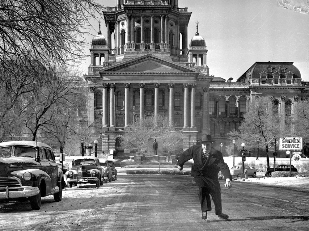 Sen. Peter Miller ice skates on Capitol Avenue, Jan. 19, 1949. File/The State Journal-Register (re-scanned 01/03/2015)