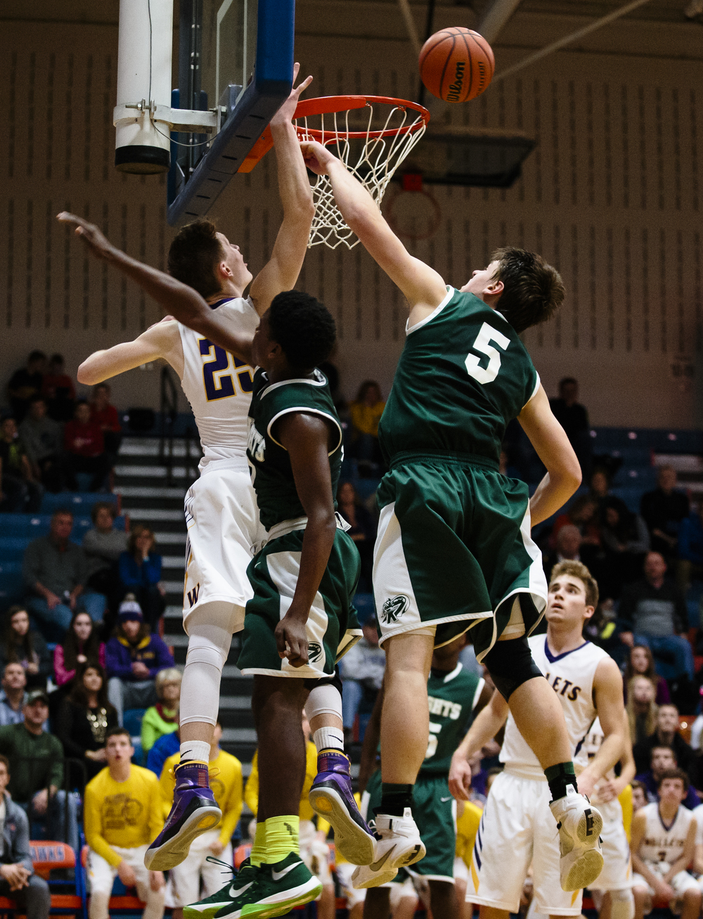 Williamsville's Harrison Cresswell (25) has his shot blocked by Metro-East Lutheran's Jason Johnson (5) in the fourth quarter during the Riverton Subway Shootout at Riverton High School, Saturday, Feb. 13, 2016, in Riverton, Ill. Justin L. Fowler/The State Journal-Register