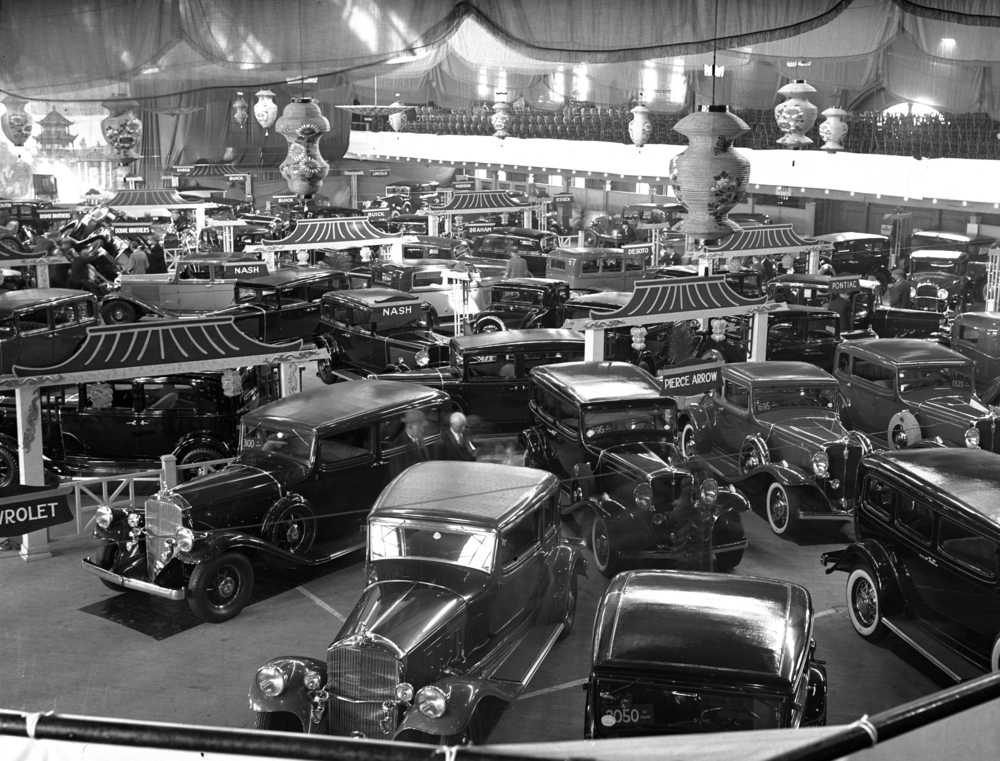 New car show held inside state arsenal, ca. 1931. llinois State Register glass plate negative/Sangamon Valley Collection at Lincoln Library  C-98-1177 negative # 1462