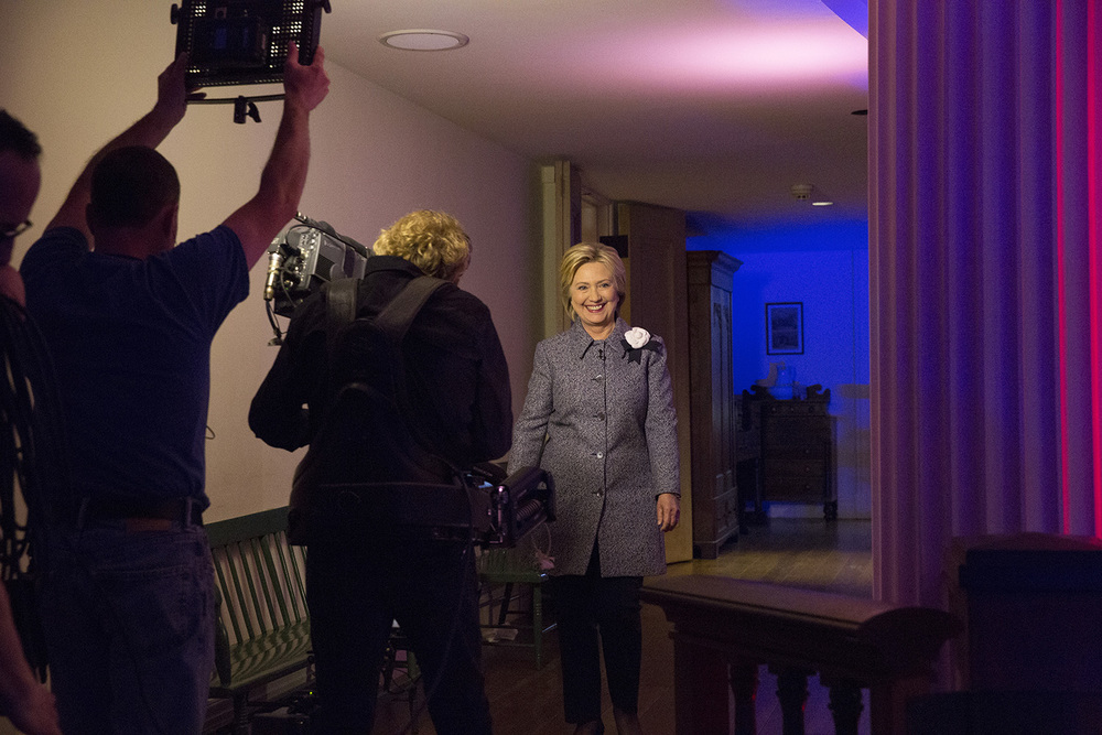 Democratic presidential candidate Hillary Clinton enters the Old State Capitol State Historic Site before the start a town hall meeting hosted by MSNBC and host Chris Matthews Springfield, Ill. Monday, March 14, 2016. Rich Saal/The State Journal-Register
