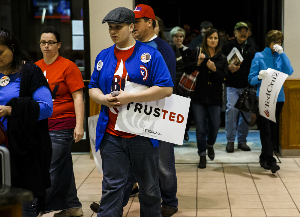 The doors are opened early for the campaign rally for Republican presidential candidate, Sen. Ted Cruz, R-Texas, at the iWorship Center, Monday, March 14, 2016, in Springfield, Ill. Cruz finished the last of his five stops across Illinois in Springfield the day before the primary. Justin L. Fowler/The State Journal-Register