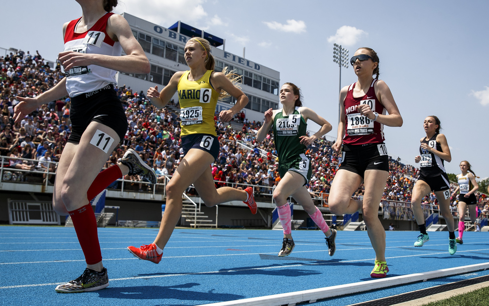Boylan Catholic's Delaney Appino (2109), center,  navigates traffic on the opening lap of the Class 2A 800-Meter Run during the 2016 IHSA Girls State Track and Field Meet at O'Brien Stadium, Saturday, May 21, 2016, in Charleston, Ill. Appino finished 4th with a time of 2:17.02. Justin L. Fowler/The State Journal-Register