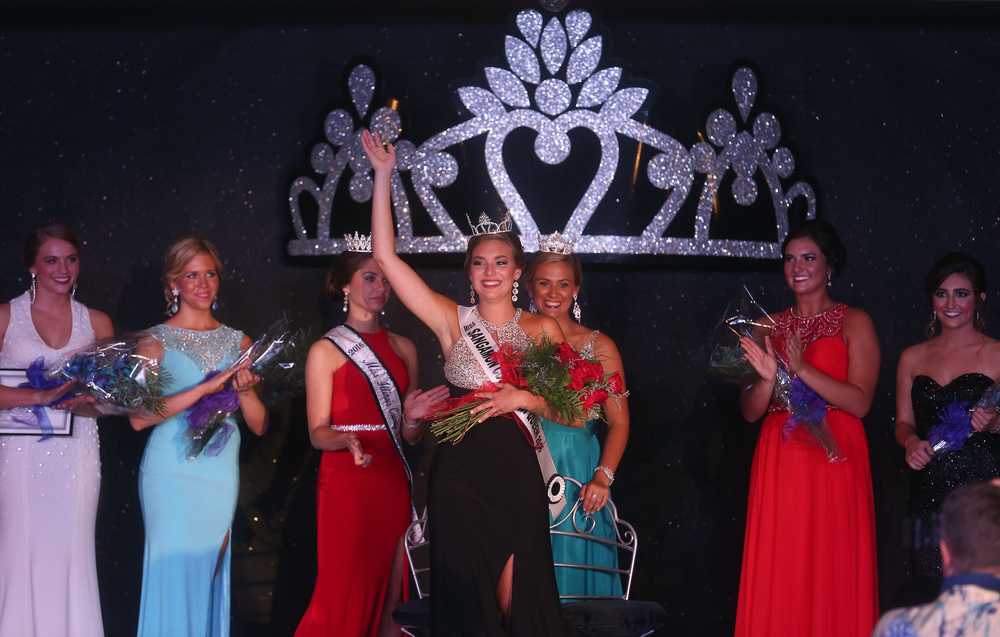 2016 Sangamon County Fair Queen Kerby Ingram waves onstage to the crowd after being crowned. David Spencer/The State Journal-Register
