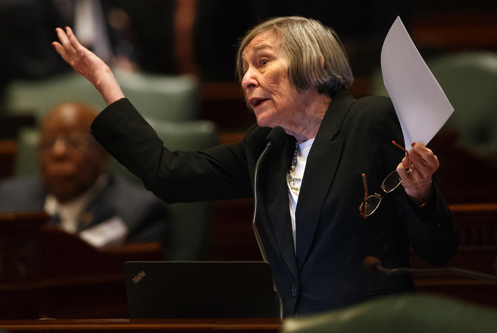 Barbara Flynn Currie, D-Chicago, motions to get attention from the Speaker's podium during floor debate Thursday, June 30, 2016. Ted Schurter/The State Journal-Register