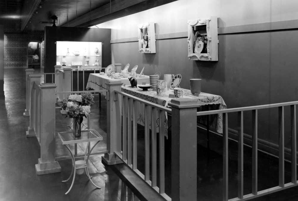 Museum exhibit, Centennial Building, date unknown. Photo courtesy Illinois State Museum