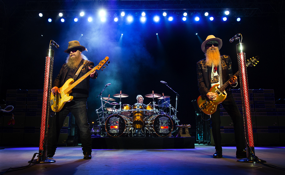 ZZ Top performs at the Illinois State Fair Sunday, Aug. 21, 2016. Ted Schurter/The State Journal-Register
