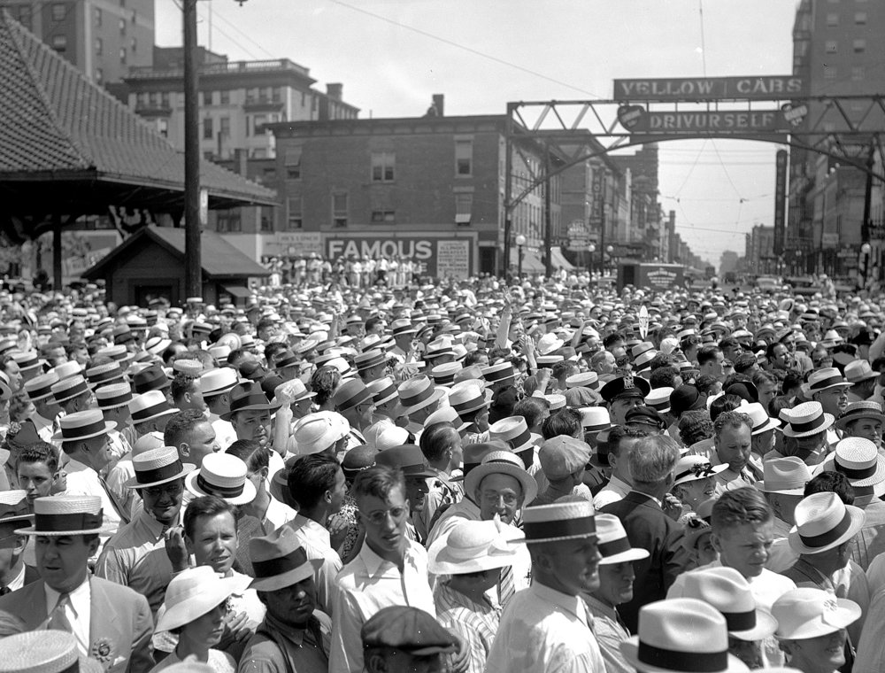 A crowd estimated at 1,000 filled the intersection of Fifth and Washington streets in August 1936 to see Robert Wadlow, Alton's Gentle Giant. File/The State Journal-Register