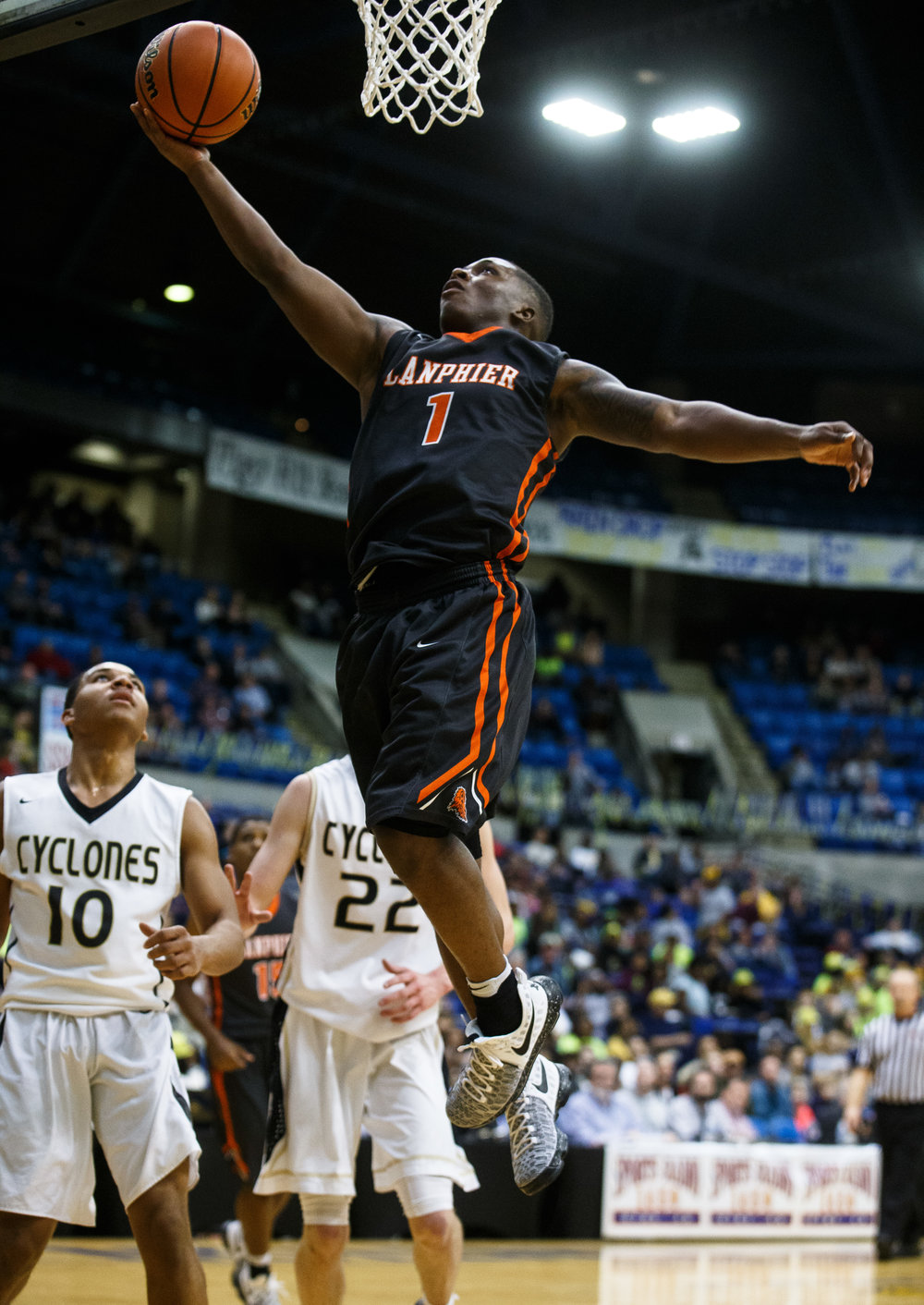 Lanphier's Yaakema Rose (1) goes up for a basket against Sacred Heart-Griffin in the second quarter of the Boys City Basketball Tournament at the Prairie Capital Convention Center, Friday, Jan. 20, 2017, in Springfield, Ill. Justin L. Fowler/The State Journal-Register