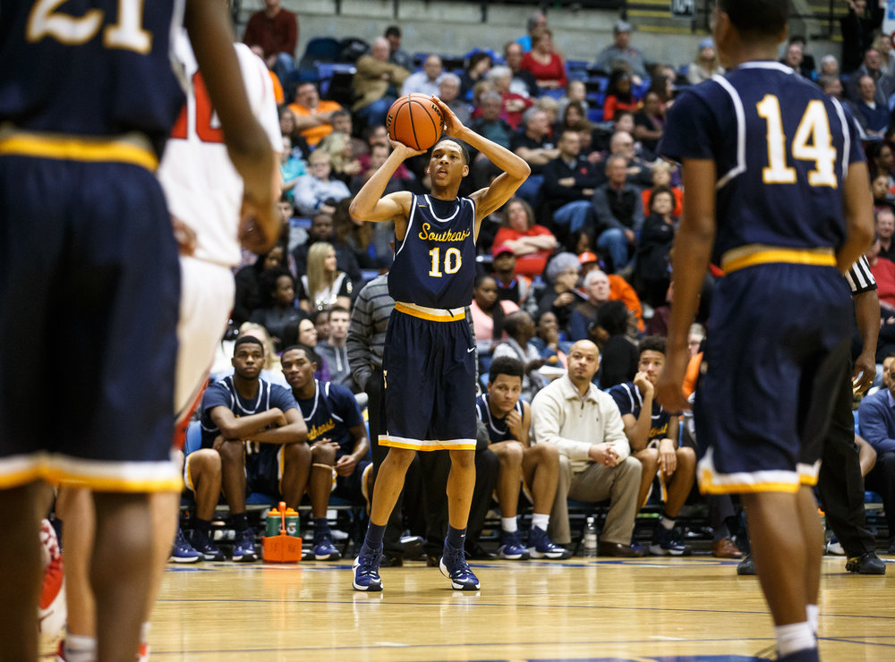 Southeast's Isaiah Walton (10) lines up a three against Springfield in the third quarter of the Boys City Basketball Tournament at the Prairie Capital Convention Center, Friday, Jan. 20, 2017, in Springfield, Ill. Justin L. Fowler/The State Journal-Register