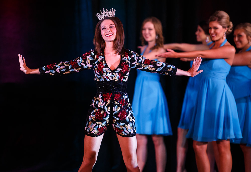 Abby Foster, 2016 Miss Illinois County Fair Queen, takes to the stage in the opening performance during the 2017 Miss Illinois County Fair Queen Pageant at the Crowne Plaza, Sunday, Jan. 22, 2017, in Springfield, Ill. Justin L. Fowler/The State Journal-Register