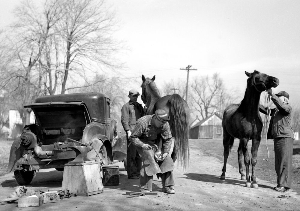 blacksmith, horses, horseshoe, March 16, 1940.