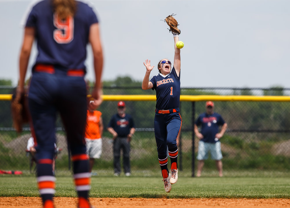 Rochester's Aubrey Magro (1) misses a pop fly in the sun from Glenwood in the fourth inning during the Class 3A Glenwood Sectional championship at Glenwood High School, Saturday, June 3, 2017, in Chatham, Ill. [Justin L. Fowler/The State Journal-Register]