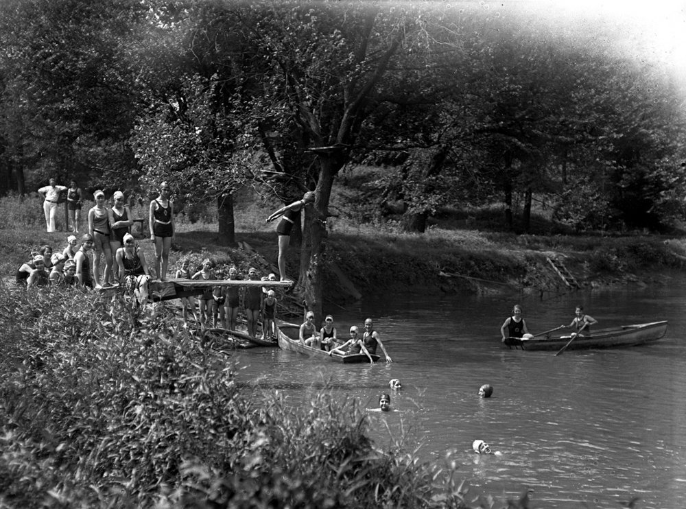 Girl Scouts enjoy a swimming hole at Camp Shuster. Illinois State Journal glass plate negative/Sangamon Valley Collection at Lincoln Library. All Rights Reserved, The State Journal-Register. Pub. ISJ July 30, 1929, p. 20. C-98-012, VF 97-525.