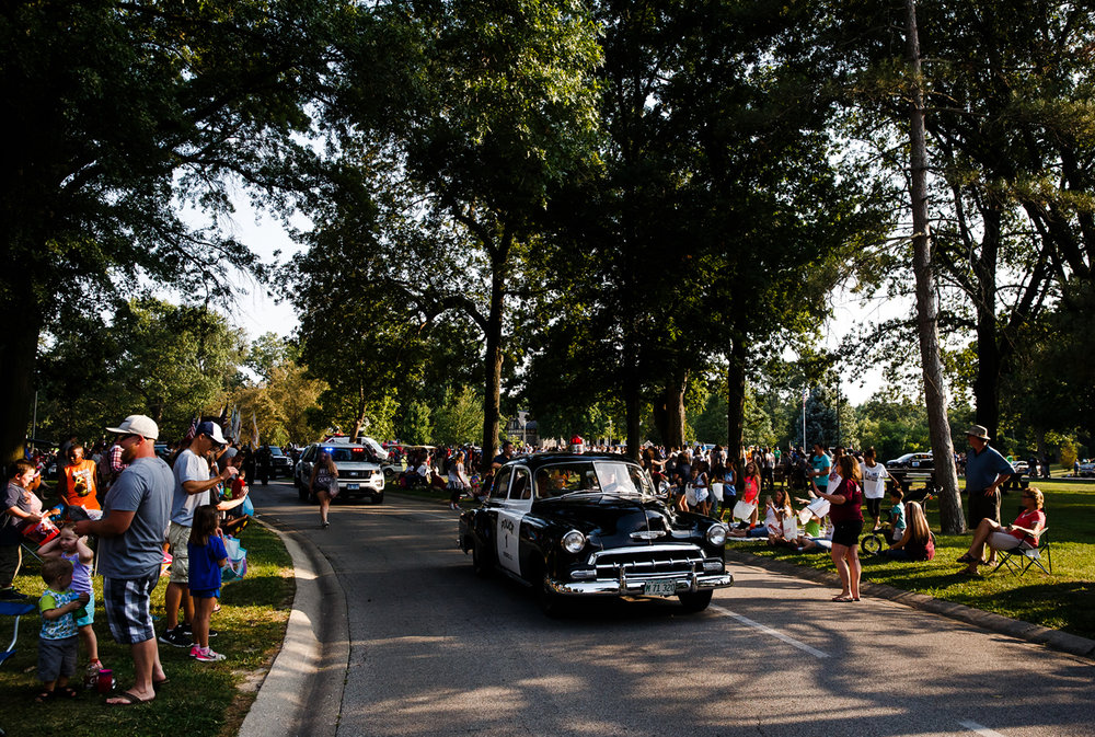 The 1952 Chevrolet Squad Car from the Springfield Police Dept. heads out along the new parade route in Lincoln Park during Illinois State Fair Twilight Parade, Aug. 10, 2017, in Springfield, Ill. [Justin L. Fowler/The State Journal-Register]