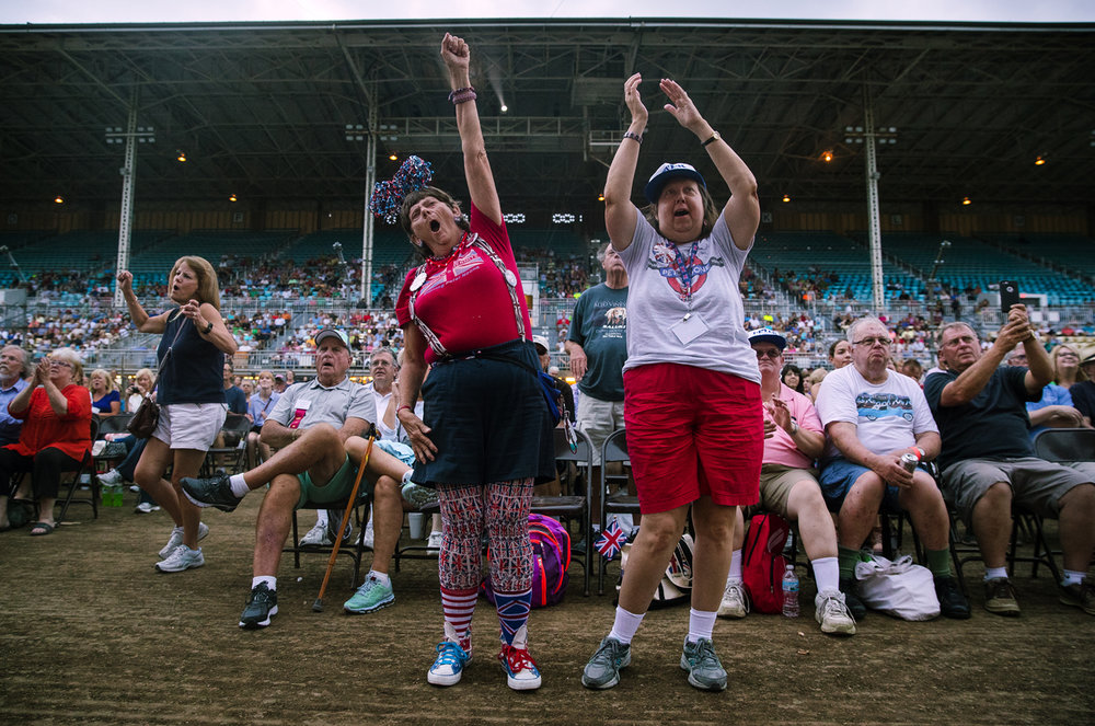 Glenda Street, left, and Debbie Sinks cheer for Peter Noone as he performs with Herman's Hermits during the Illinois State Fair Monday, Aug. 14, 2017. [Ted Schurter/The State Journal-Register]