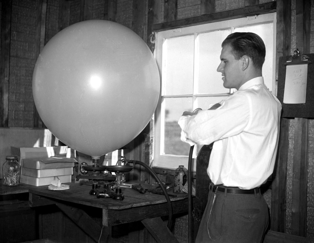 man with balloon. September 17, 1941. File/The State Journal-Register