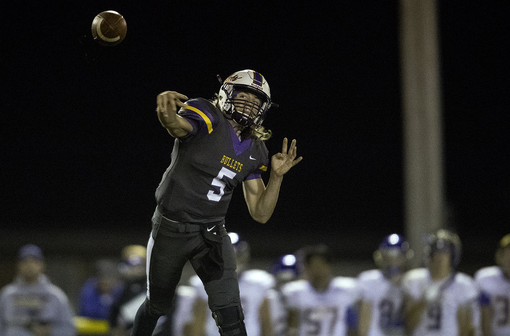 Williamsville's Damon Coady fires a pass in the fourth quarter at Williamsville High School Friday, Sept. 8, 2017. [Ted Schurter/The State Journal-Register]