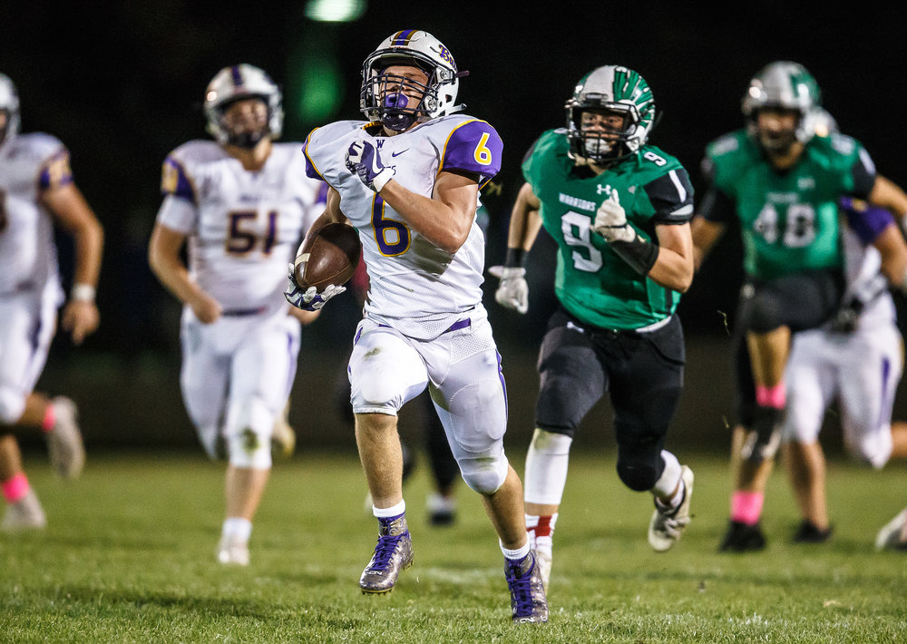Williamsville's Grant Ripperda (6) breaks free on a 78-yard touchdown run against Athens in the third quarter at Athens High School, Friday, Oct. 20, 2017, in Athens, Ill. [Justin L. Fowler/The State Journal-Register]