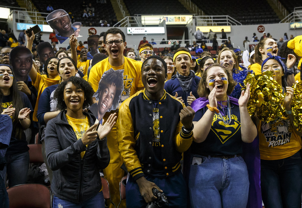 Southeast fans cheer on the Spartans as they take on North Chicago in the first half during the IHSA Class 3A State Tournament semifinals at Carver Arena, Friday, March 16, 2018, in Peoria, Ill. [Justin L. Fowler/The State Journal-Register]
