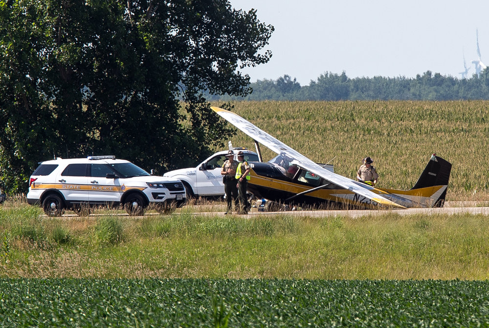 A single-engine plane made an emergency landing Wednesday afternoon on northbound Interstate 55 at mile marker 133, just north of Lincoln. [Rich Saal/The State Journal-Register]