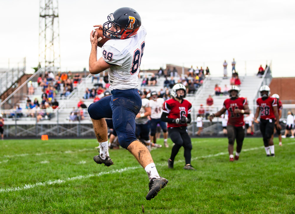 Rochester's Clay Alewelt (88) catches a wide open pass for a successful two point conversion against Springfield in the second half at Memorial Stadium, Saturday, Oct. 6, 2018, in Springfield, Ill. [Justin L. Fowler/The State Journal-Register]