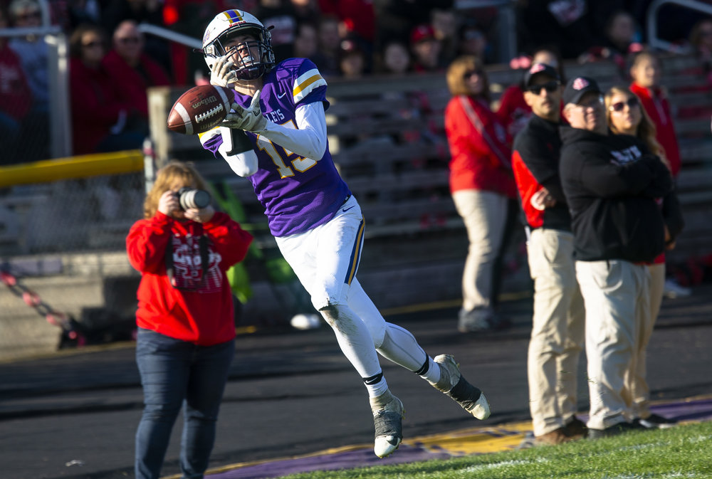 A pass for Williamsville's Bryce Newton goes through his hands during the class 3A playoff game against DuQuoin Saturday, Oct. 27, 2018 at Paul Jenkins Field in Springfield, Ill. [Rich Saal/The State Journal-Register]