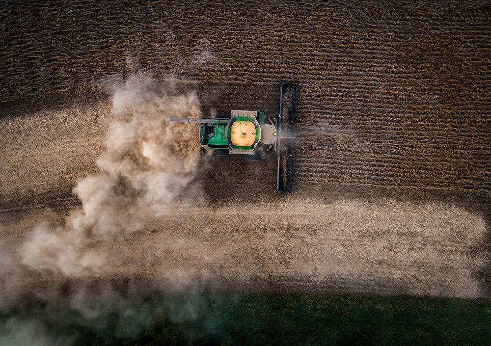 Justin King harvests soybeans in the New Berlin area, Oct 5, 2018. Justin L. Fowler/The State Journal-Register