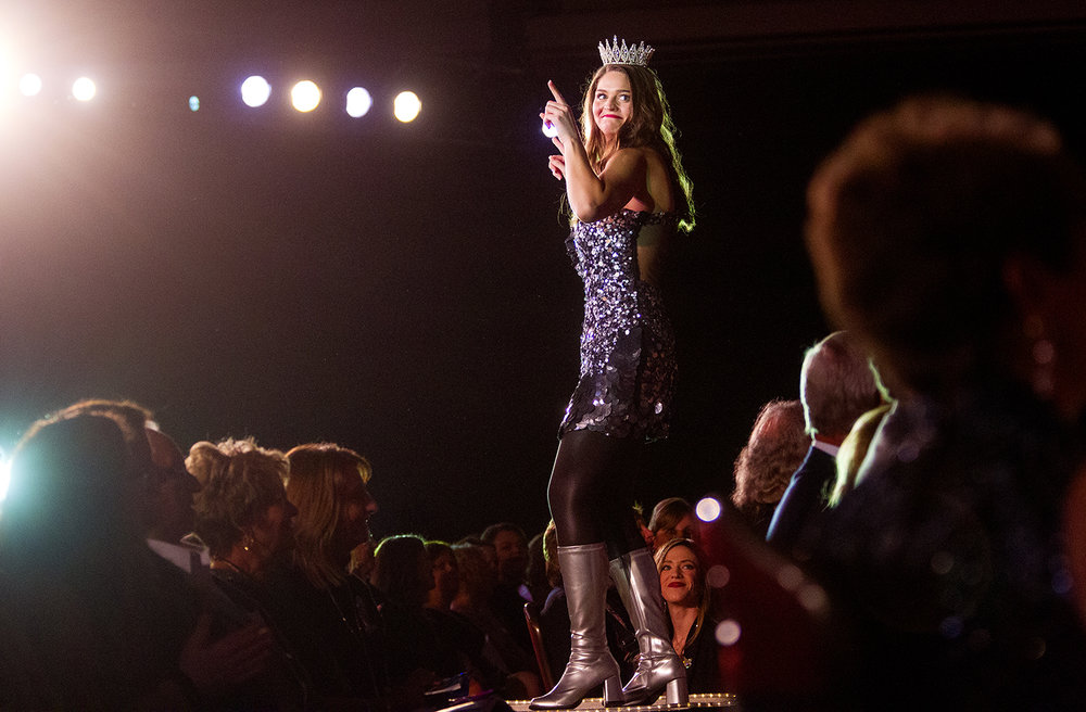 Miss Illinois County Fair 2018 Samantha Hasselbring performs in a dance number during the 2019 Miss Illinois County Fair Queen Pageant at the Crowne Plaza Sunday, Jan. 20, 2019. [Ted Schurter/The State Journal-Register]