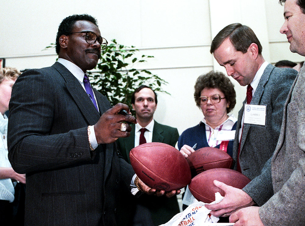 Former Chicago Bear running back Walter Payton, in Springfield to speak at the Illinois Lumber & Materials Dealers Association annual meeting at the Renaissance Hotel, Feb. 21, 1990. File/David Spencer/The State Journal-Register