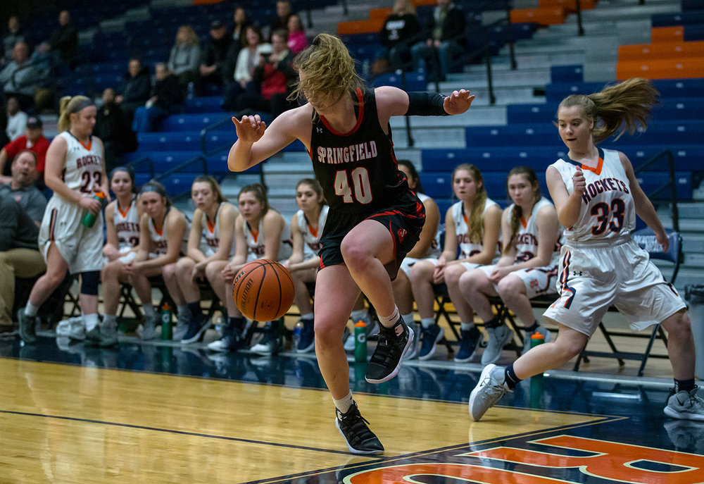 Springfield's Abby Ratsch (40) tries to stay inbounds going after a loose ball against Rochester in the first half at the Rochester Athletic Complex, Monday, Jan. 28, 2019, in Rochester, Ill. [Justin L. Fowler/The State Journal-Register]