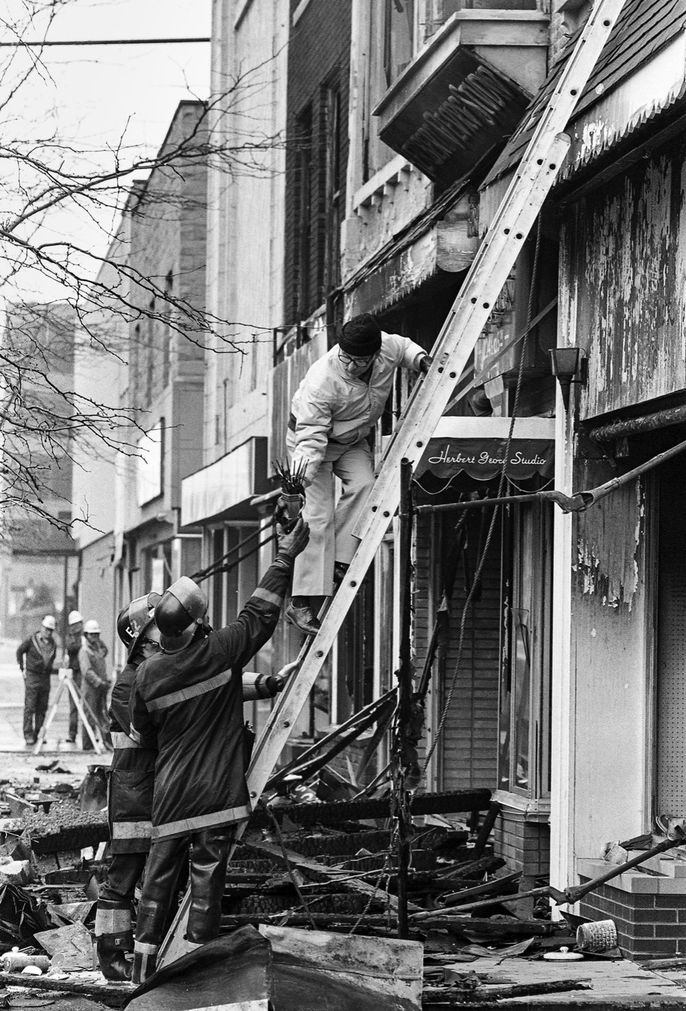Fire destroys several downtown buildings at the intersection of Fifth and Monroe streets, including the Herbert Georg photography studio at 217 1/2 S. Fifth St., Feb. 19, 1980. Photos by Chris Covatta and Bill Hagen File/The State Journal-Register