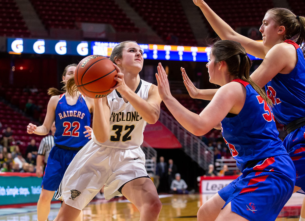 Sacred Heart-Griffin's Maddie Manker (32) drives up to the basket against Glen Ellyn Glenbard South's Gianna Coluzzi (33) in the second quarter during the IHSA Class 3A State Tournament semifinals at Redbird Arena, Friday, March 1, 2019, in Normal, Ill. [Justin L. Fowler/The State Journal-Register]
