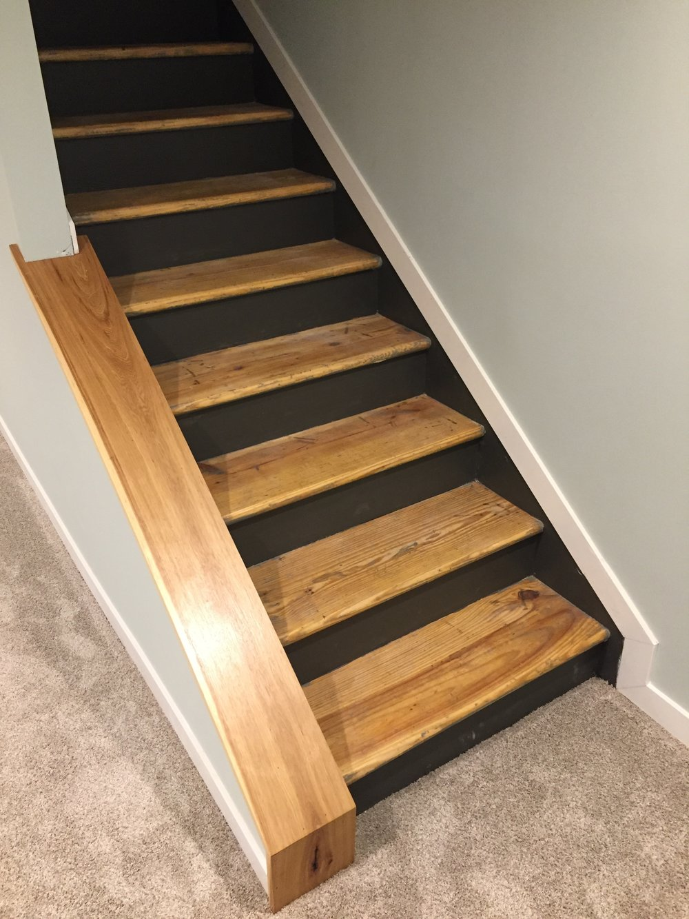 Staircase remodel diy basement stair transformation for Diy staircase makeover