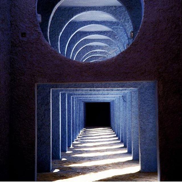 Heavenly blue via @bofillarquitectura #ricardobofill #architecture #50shadesofblue #geometric
