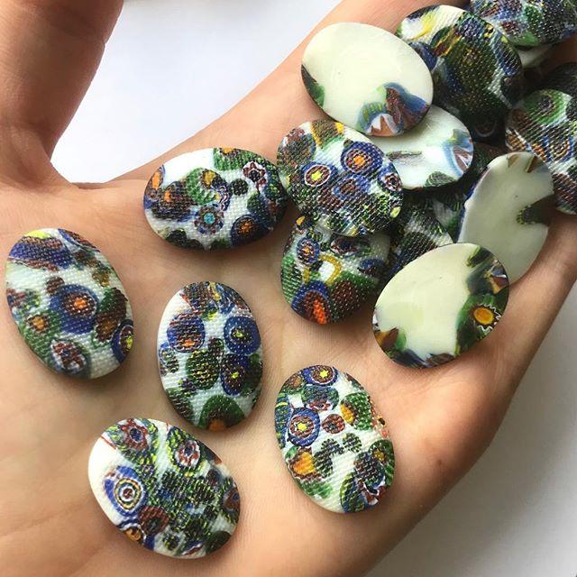 Vintage mosaic cabochons. #sourcingtrip #vintagecabochons #mosaic