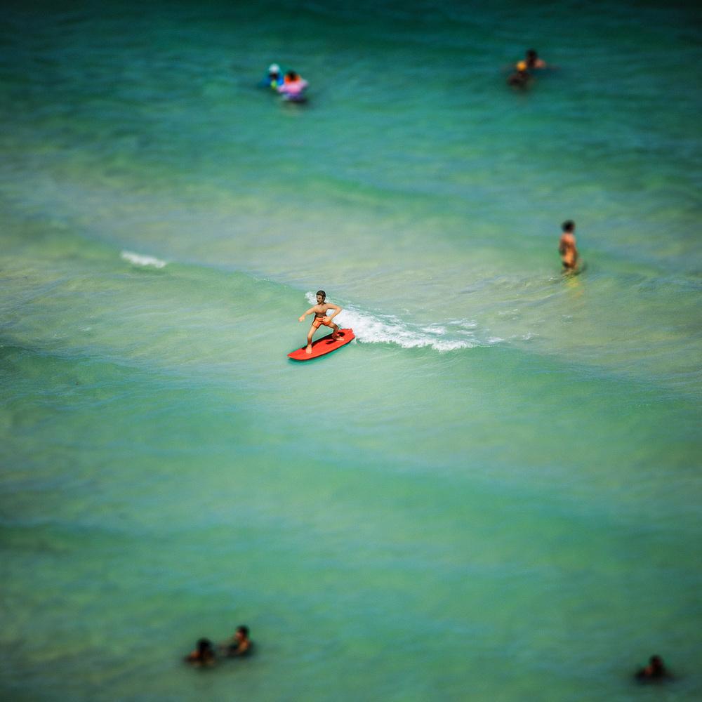MODEL BEACH - HAND SCULPTED SURFER
