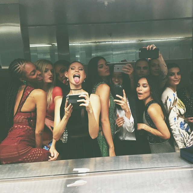 Jourdan Dunn, Lily Donaldson, Joan Smalls, Behati Prinsloo, Kendall Jenner, Alexander Wang, Cara Delevingne, Bella Hadid, Zöe Kravitz & Emily Ratajkowski