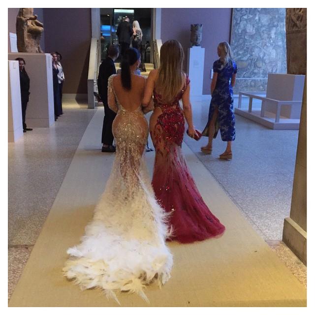 Kim Kardashian & Jennifer Lopez
