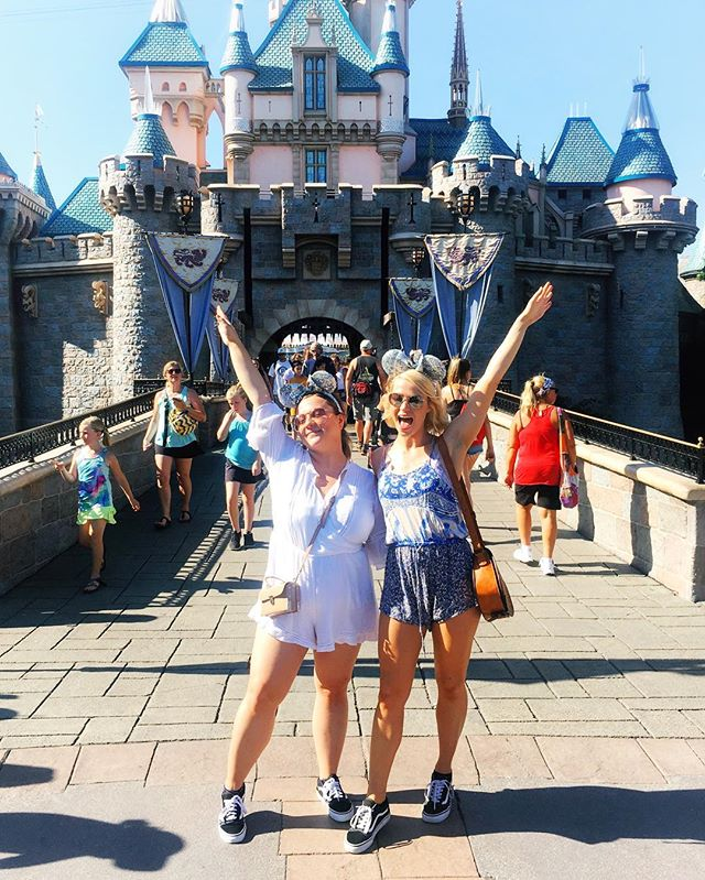 We're already planning our next trip to Disney... who's coming with us?! 🙋🏼🙋🏽