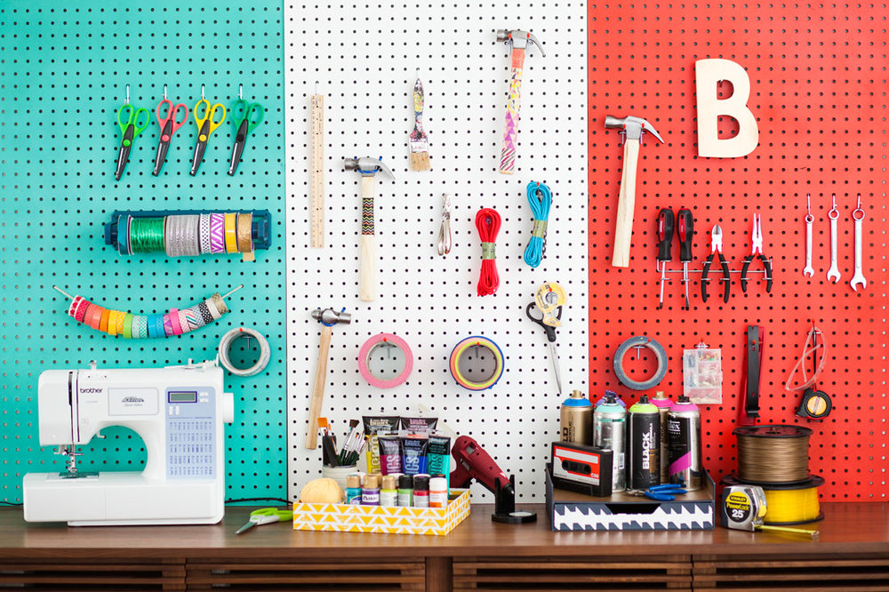 Color Blocked Peg Board Brit & Co.