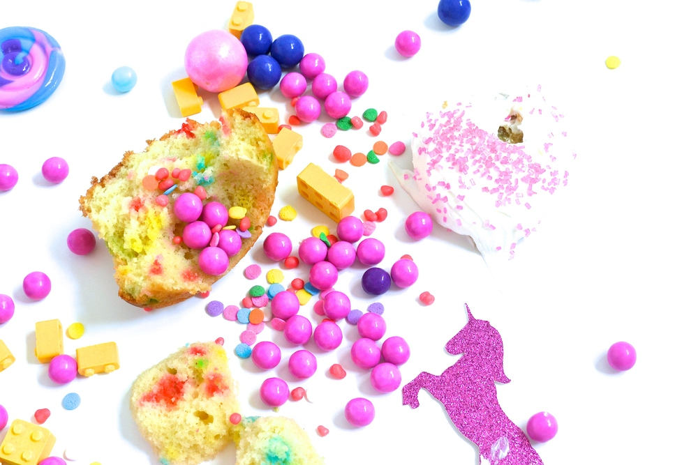 DIY Piñata Cupcakes
