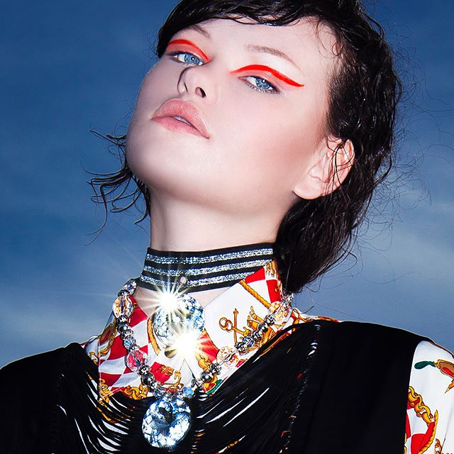 @lilyrosecameron 💎 . Styling @pia_zubielqui #makeup #hairstyle @marcepedrozo lily @mpmanagementmiami #fashionphotography#fashioneditorial#beautyshoot #photooftheday#antonellaarismendi