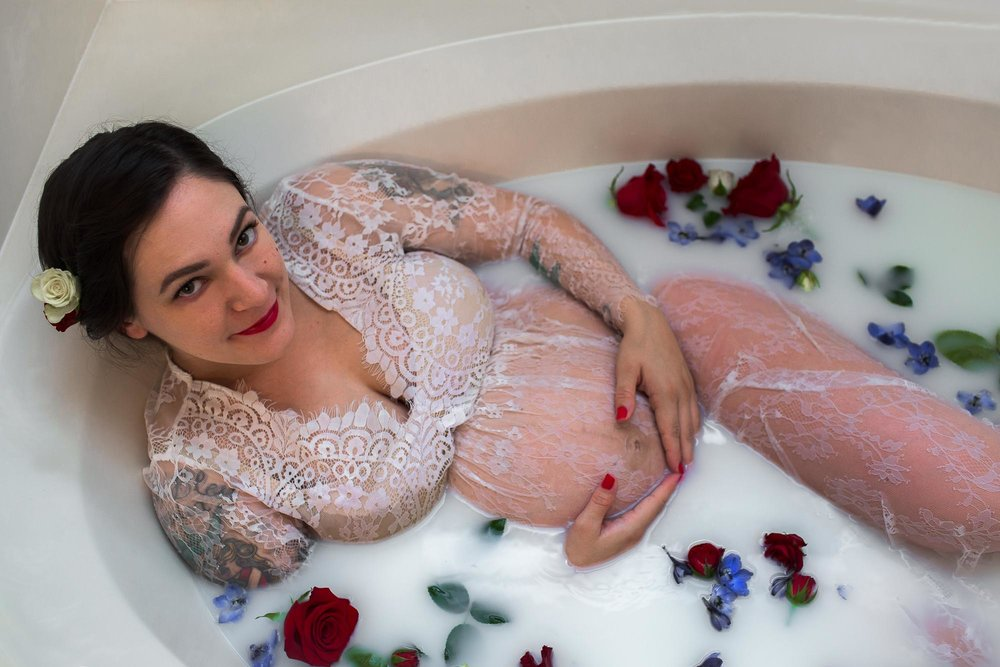 Milk Bath with roses. Austin maternity photographer. Milk bath maternity shoot.
