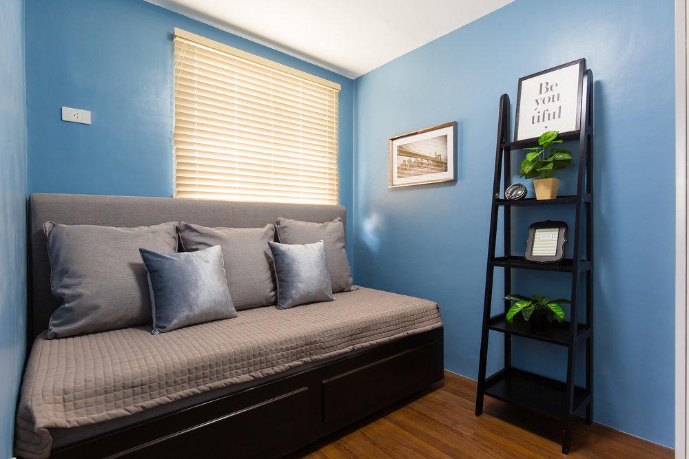 Anika Room 3small.jpg