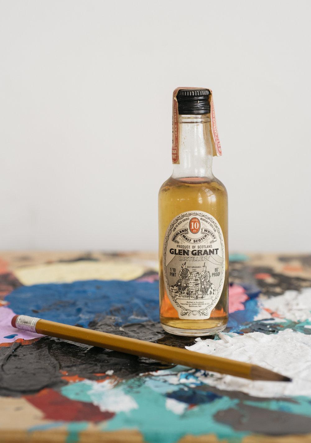VintageAlcoholBottles101.JPG