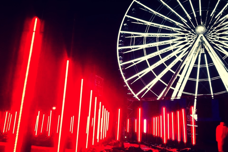 Romain Tardy // MGNTRN Ferris wheel light and LED control system software