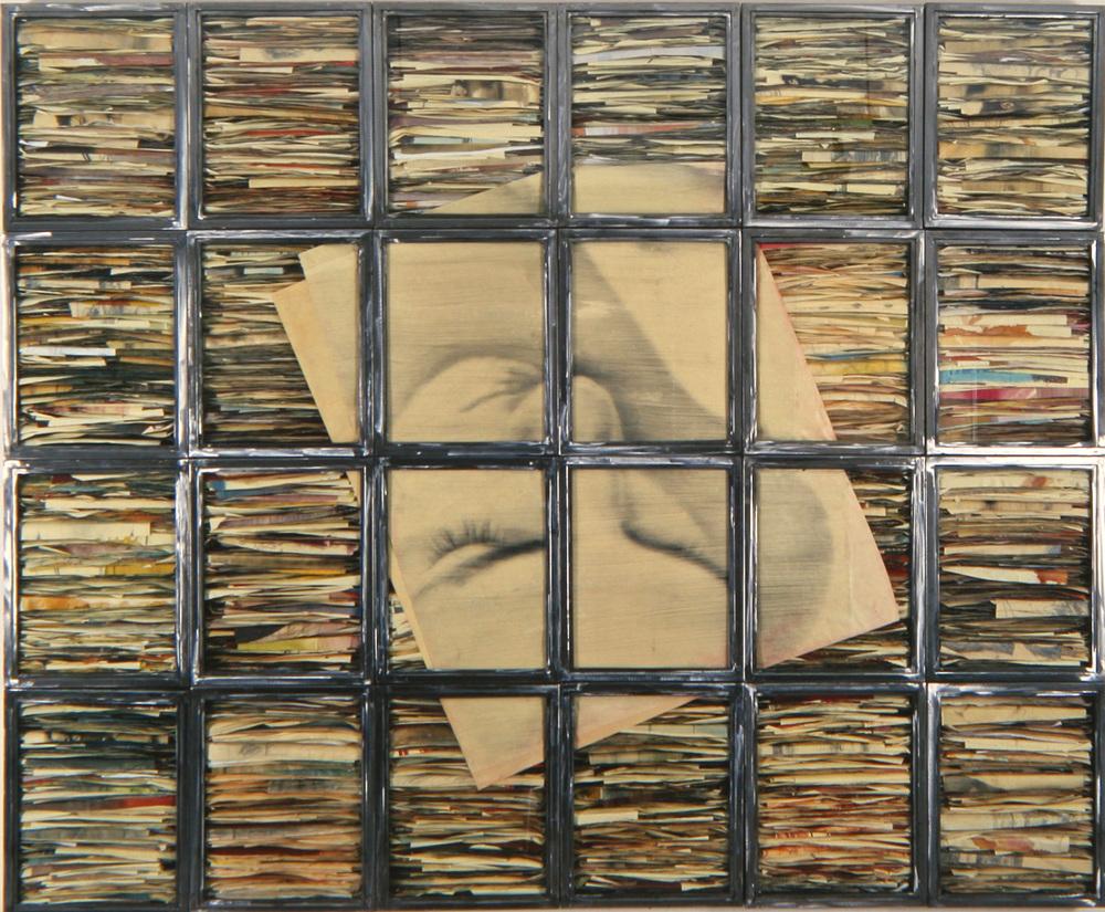 Senza titolo, 1995  Tecnica mista ed emulsione fotografica su carta, ferro e vetro  Polittico 25 elementi, cm. 210 x 250 x 8