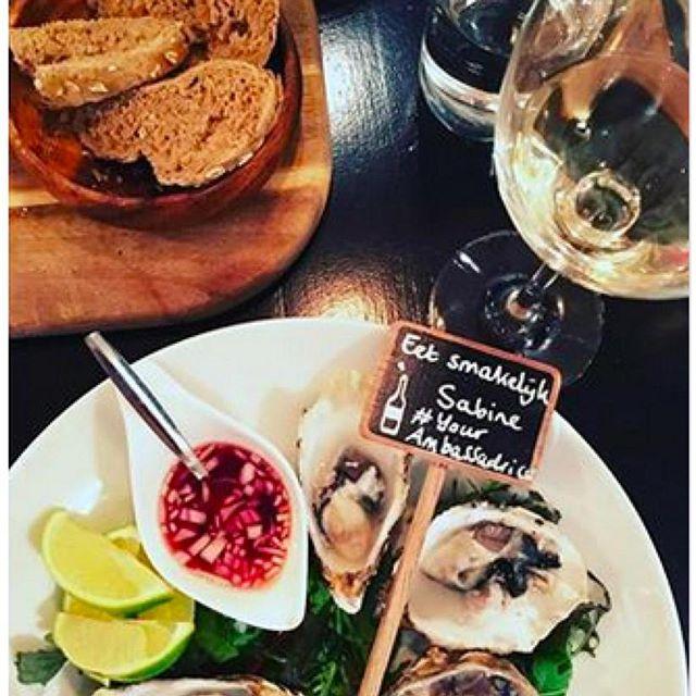Mijn favoriete voorgerecht: Fine de Claires Oesters! Nog steeds als klassieker op mijn menu kaart. #oesters #etenbijthijs #classics #finedeclaires #thijsbydikkerenthijs