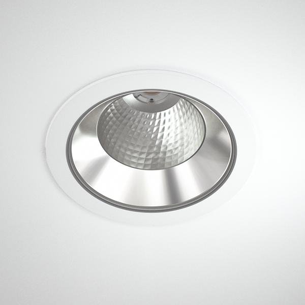 Titan-XL-4000_Titan_R_XL_COB_white_webb.jpg